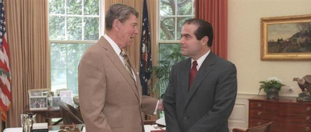 President Ronald Reagan and Judge Antonin Scalia confer in the Oval Office