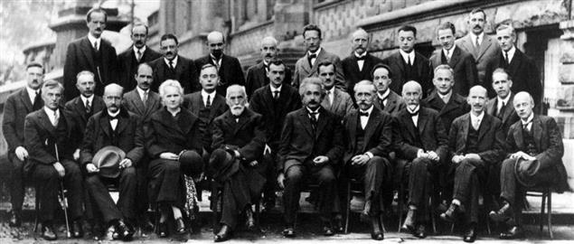 The worlds leading scientists at the Solvay conference in 1927