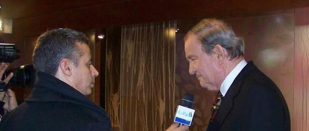 Pat Buchanan being interviewed in Manchester, NH