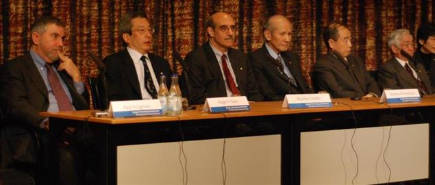 Krugman and other 2008 Nobel Prize winners at a 2008 press conference in Sweden