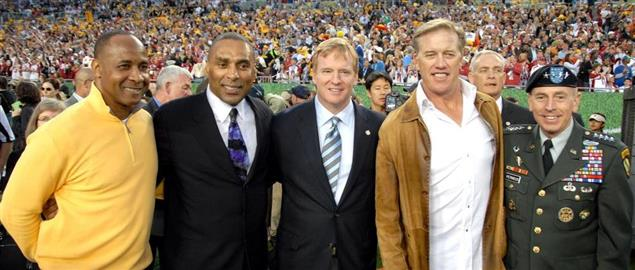 Goodell with Gen. Petraeus, John Elway, Lynn Swann, and Roger Craig at the 2013 Super Bowl