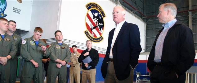 Senators Chambliss and Sessions meeting with sailors staioned in Sigonella, Sicily
